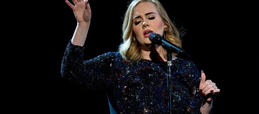 Pita Suara Rusak, Adele Terpaksa Batalkan Dua Konsernya Di Wembley