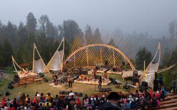 Menikmati Indahnya Alam Indonesia Bersama Jazz Gunung Bromo