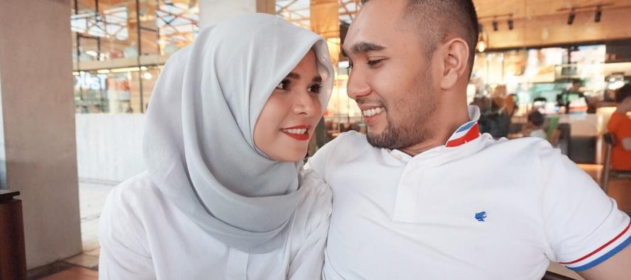 Enji Mantan Suami Ayu Ting Ting Cerai Lagi ?