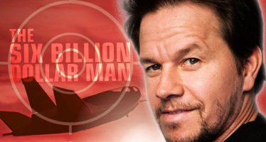 "Film Mark Wahlberg ""The Six Billion Dollar Man"" Di Undur Jadwal Syutingnya"