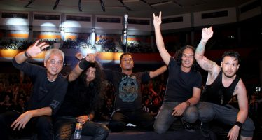 Roxx Tidak Takut Gempuran Progresif Rock Dream Theater