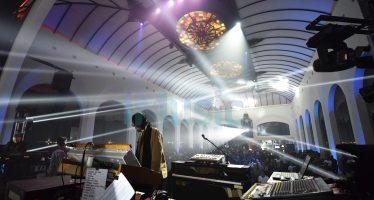 "Konser ""Menjilat Matahari"" Yockie Suryo Prayogo Berhasil Merangkul Semua Kalangan"