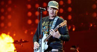 Tom Delonge Kembali ke Industri Musik Setelah Vakum Karena keluar Dari Blink 182