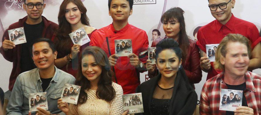 Diva Indonesia Keroyokan Mengisi Original Soundtrack Ayat Ayat Cinta