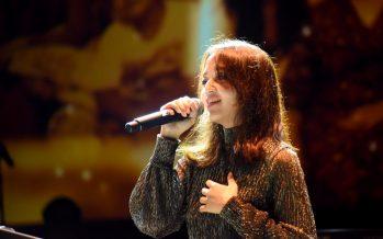 "Aya Anjani, Putri Cantik Mendiang Yockie Suryoprayogo Rilis Single ""Sudah"""