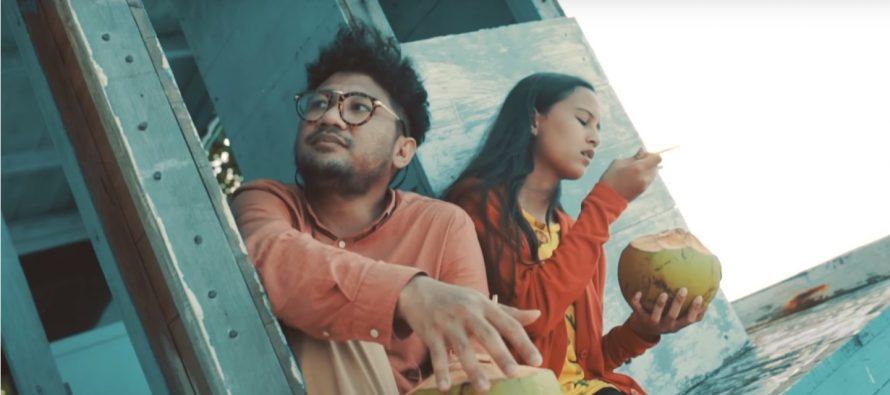 "Keindahan Pulau Kakaban Dalam Video Klip ""Konon Katanya"" Kunto Aji"