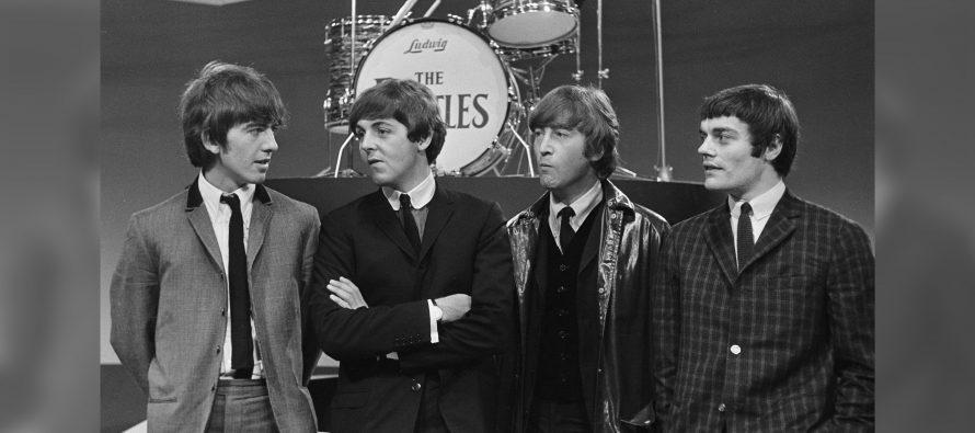 Foto-Foto The Beatles Laku Di Lelang Dengan Harga 4,9M