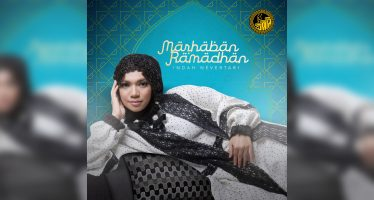 "Indah Nevertari Sambut Ramadhan Dengan Single ""Marhaban Ramadhan"""