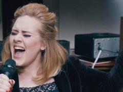 Inilah 10 Lagu Yang Susah Banget Dinyanyikan Secara Sempurna