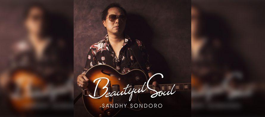 """Beautiful Soul"" Lagu Sandhy Sondoro Untuk Mendiang Sang Adik"