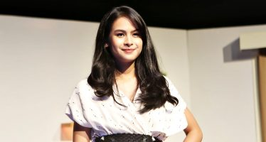 "Curahan Hati 'Maudy Ayunda' Dalam single ""Goodbye"""