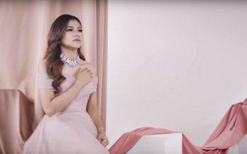 """Sentuhan Dangdut Rock 'RARA LIDA' Di Lagu """"Ditikam Asmara"""""""