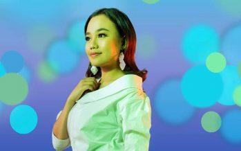 """Digoyang Dangdut Koplo Sama Aulia, Lewat """"Bintang Terindah""""."""