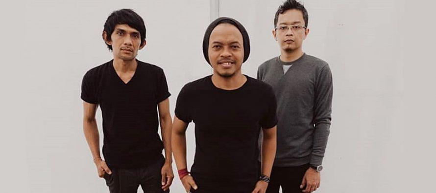 """Inspirasi Pengalaman Pribadi, SERIAN BAND Rilis Single Terbaru, """"Curhatan Fajar""""."""