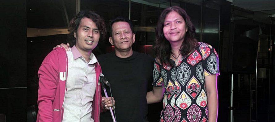 """Duo Musisi Rock Ini Meriahkan Live Musik """"Jauhi Narkoba"""" di Grandkemang Hotel, Jakarta Selatan."""
