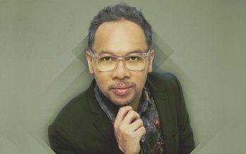 """Ren Tobing Kembali Meramaikan Industri Musik Indonesia Dengan Single Terbaru """"Goresan Tinta Cinta""""."""