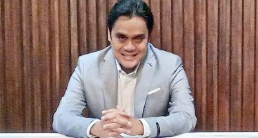 """Dwiki Dharmawan Mempersembahkan Album Terbaru """"Rumah Batu"""". Sarat Dengan Musisi International."""