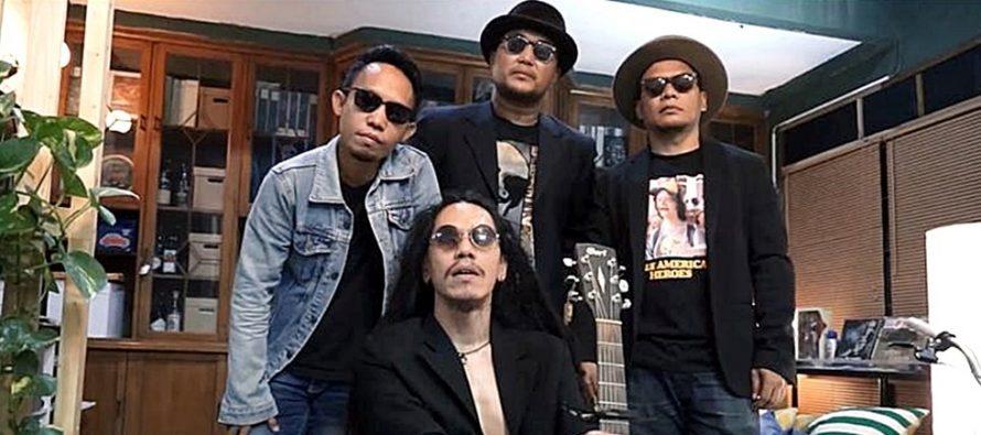 Live di 58 Concert Room, [:papayafil:] Band Jakarta Yang Beraliran Folk Rock.