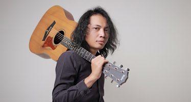 """Dengan Nuansa Kekinian., """"Felix Irwan"""" Nyanyikan Kembali Lagu """"Bersamamu""""."""