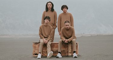 """""""Coldiac"""", Rilis Single Terbaru Berjudul """"Sampaikan"""" Yang Berbahasa Indonesia."""