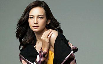 "Program 2000-an Di JOOX Enzy Storia Bawakan ""Bila Aku Jatuh Cinta"" Milik Nidji."
