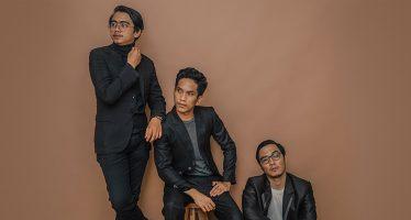 """Trio Dari Kota Bengkulu """"WHY 70"""" Rilis Single Perdananya Yang Berjudul """"Candle""""."""