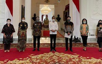 """Presiden Joko Widodo"" Menyambut Baik Usulan Penyelamatan Industri Perfilman Nasional."