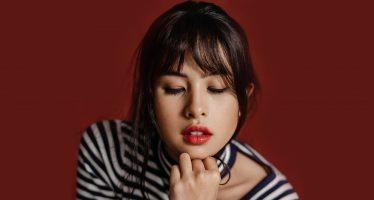 """Maudy Ayunda"" Bercerita soal Mati Rasa di Single Terbaru, ""Don't Know Why""."