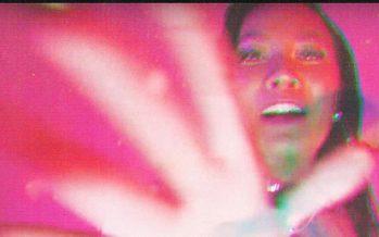 """Sebuah Anthem Pesta Persembahan Diskoria, FLEUR! dan Tara Basro Dalam Lagu Berjudul """"Suara Disko""""."""