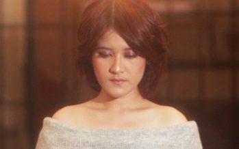 """""""Ashira Zamita"""" rilis single terbarunya """"Bukan Salah Cinta""""."""