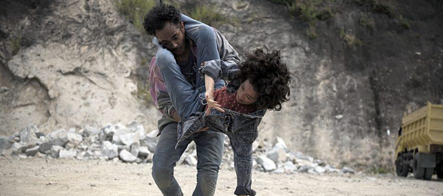 """Seperti Dendam, Rindu Harus Dibayar Tuntas"" film pertama Indonesia yang mendapatkan penghargaan tertinggi ""Locarno Film Festival""."